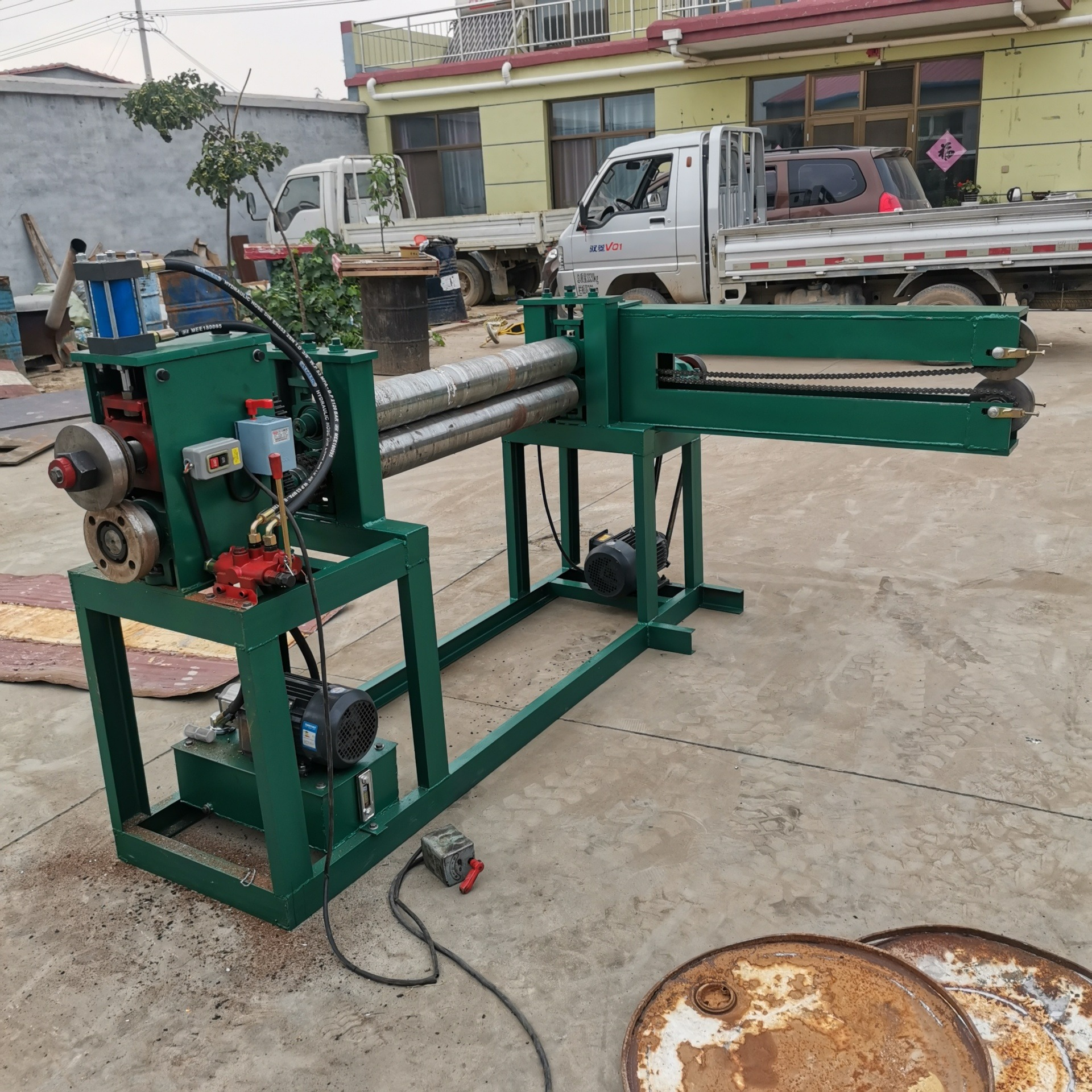 商用油桶切割機 廢舊鐵桶三合一體機 160型鐵桶切割機視頻 油桶切割機廠家報價